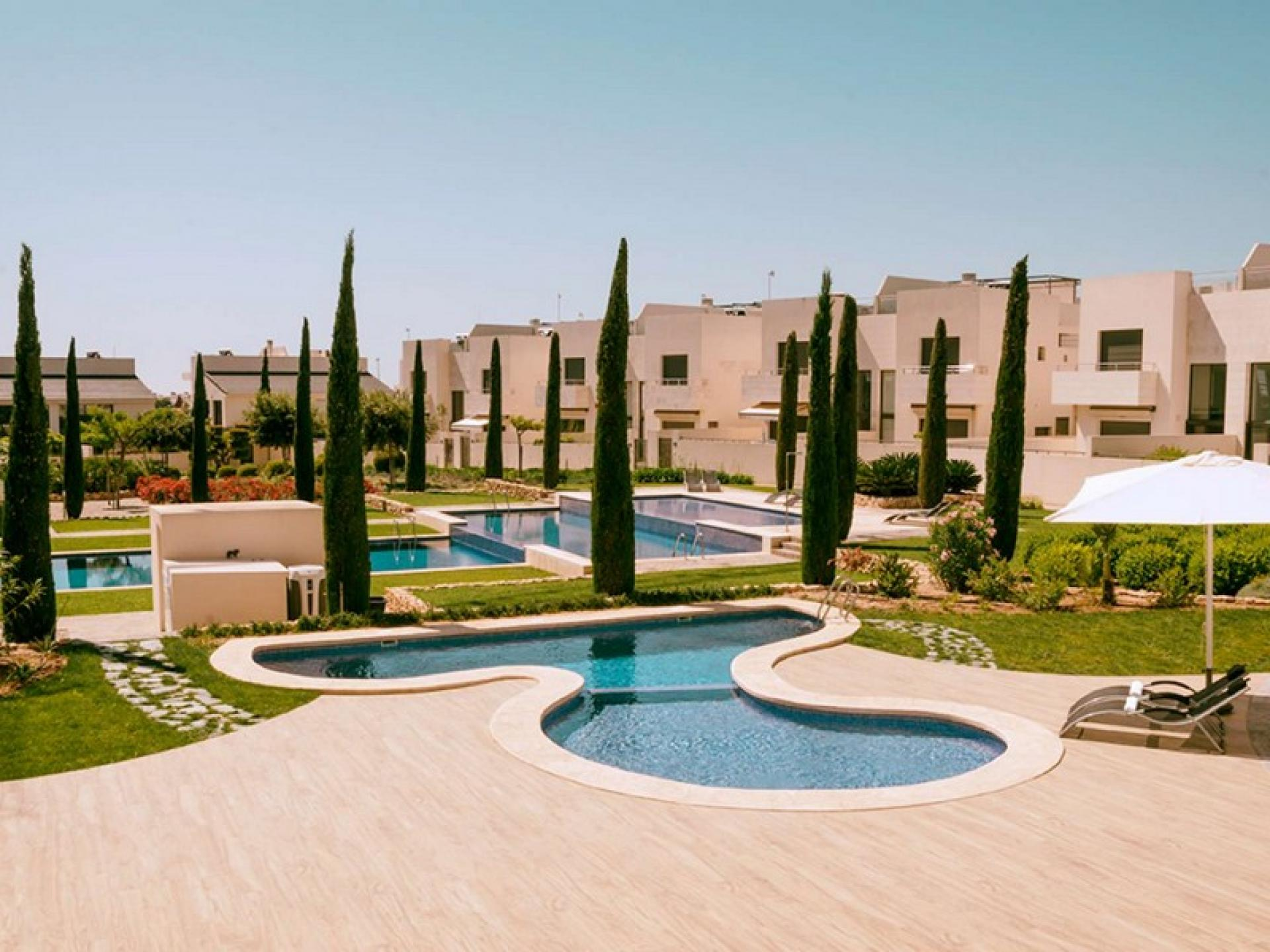 Jardines de Montesolana - La Zenia