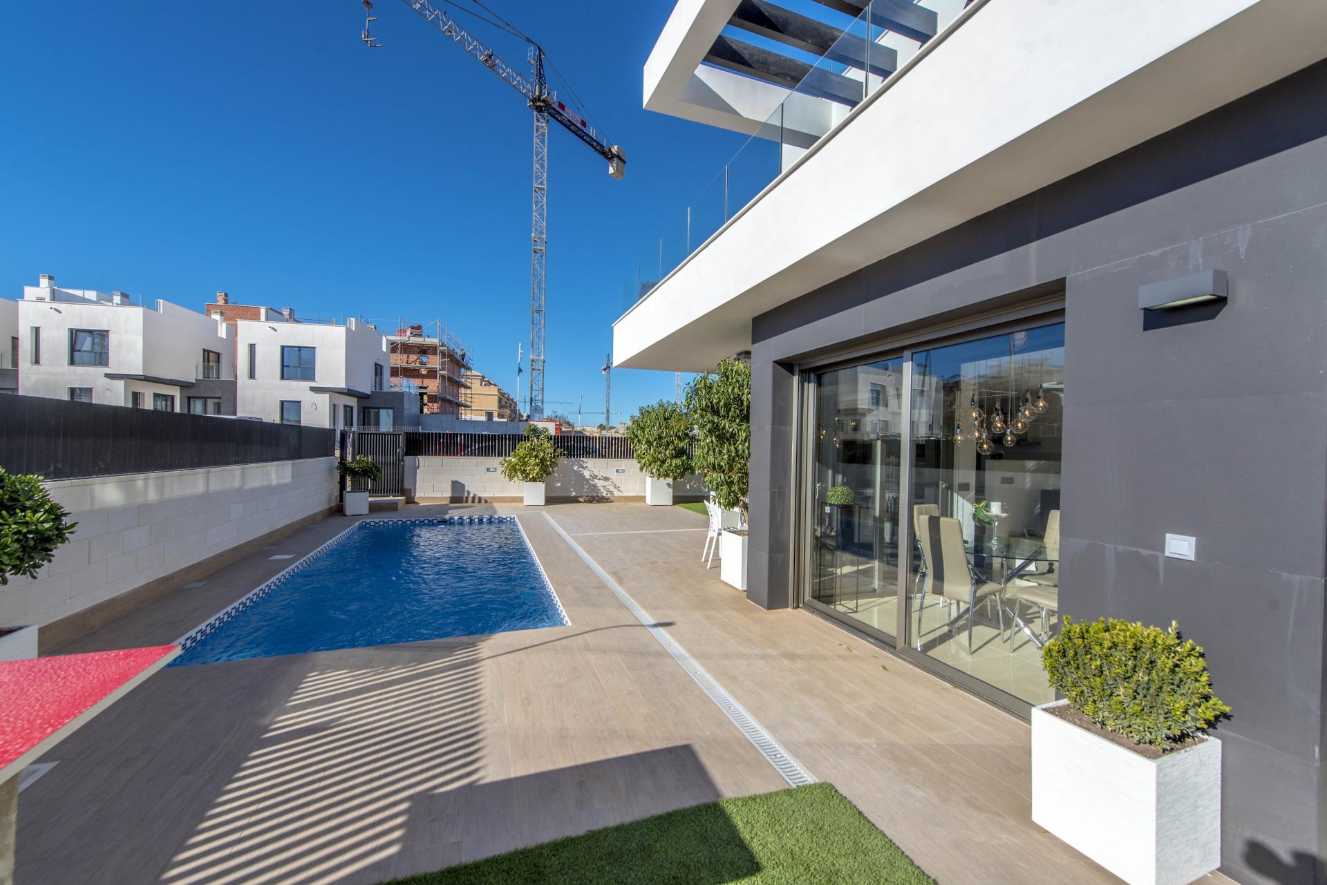 Nieuw project in het zuiden van Alicante in Medvilla Spanje