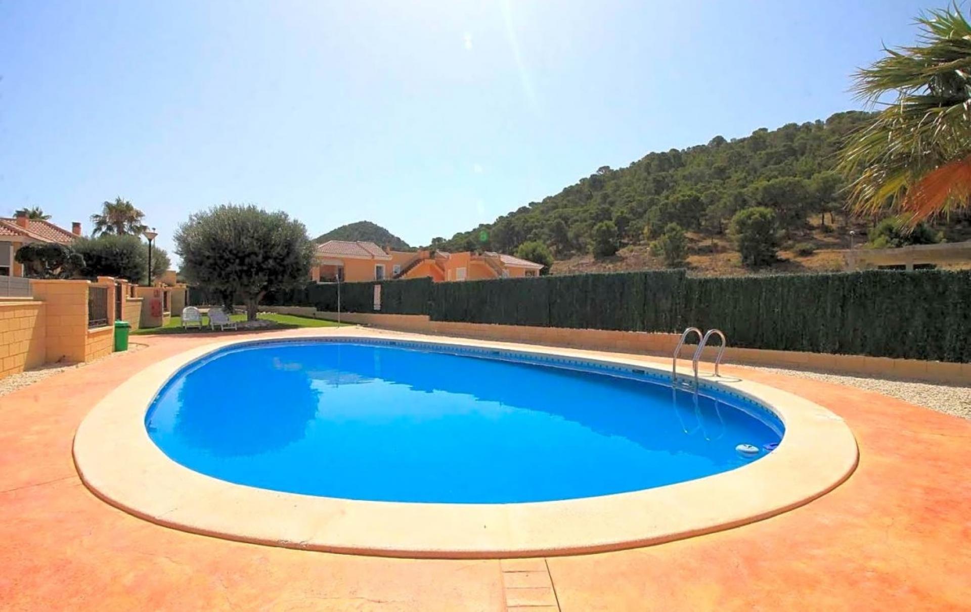 Goedkope vrijstaande woning te koop binnenland Alicante in Medvilla Spanje