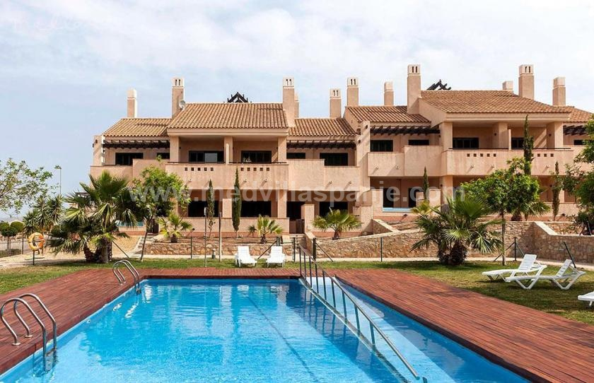 3 Slaapkamer Appartement met terras in Hacienda del Álamo golf in Medvilla Spanje