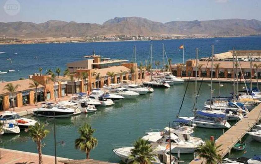 Puerto de MazarronMedvilla Spanje